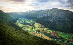 Paisagem incrível com céu bonito Imagens de Stock Royalty Free
