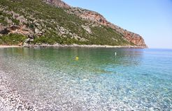 Paisagem Lakonia Peloponnese Grécia da praia de Vlychada foto de stock