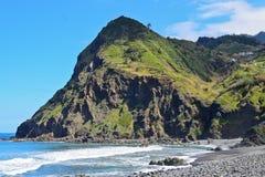 Paisagem litoral em Madeira no sprigtime fotos de stock