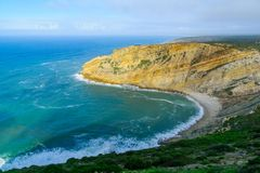 Paisagem litoral no cabo Espichel de Cabo fotografia de stock royalty free