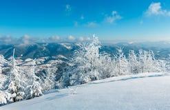 Paisagem nevado da montanha do inverno Foto de Stock Royalty Free