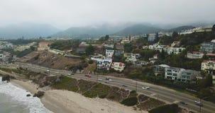 Paisagem nevoenta da praia de Califórnia video estoque
