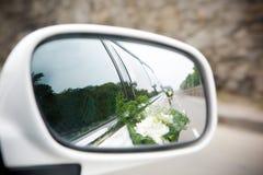 Paisagem no espelho do sideview Imagem de Stock Royalty Free