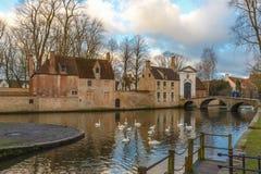 Paisagem no lago Minnewater em Bruges, Bélgica Foto de Stock