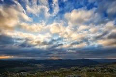 Paisagem no por do sol/nascer do sol, Romênia Fotografia de Stock