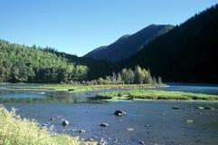 Paisagem no rio de Kanas, China imagem de stock royalty free
