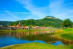 Paisagem no rio Elbe Fotos de Stock