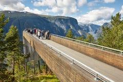 Paisagem norueguesa do fjord Ponto de vista de Stegastein Aurland visita Fotografia de Stock Royalty Free