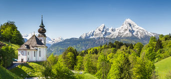 Paisagem nos cumes bávaros, terra da montanha de Nationalpark Berchtesgadener, Alemanha Foto de Stock Royalty Free
