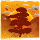 Paisagem oriental do por do sol com montes, pássaros & árvore ilustração stock