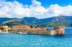 Paisagem panorâmico da ilha da Ilha de Elba, Itália fotografia de stock royalty free