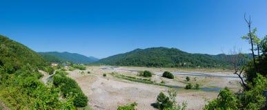 Paisagem panorâmico das montanhas caucasianos Imagens de Stock
