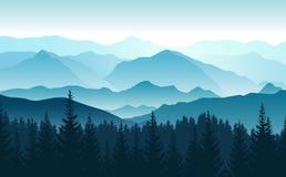 Paisagem panorâmico do vetor com as silhuetas azuis de montanhas e da floresta nevoentas na parte dianteira ilustração royalty free