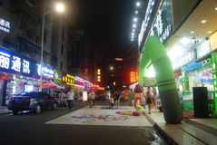 Paisagem pedestre comercial da noite da rua de Shenzhen Xixiang Imagem de Stock Royalty Free