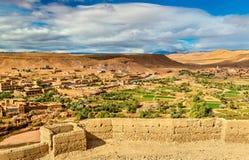 Paisagem perto da vila de Ait Ben Haddou em Marrocos Fotografia de Stock Royalty Free