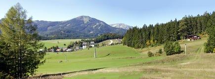 Paisagem perto de Mariazell com a montanha Gemeind Fotos de Stock