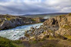 Paisagem perto do warerfall de Godafoss em Iceland2 imagem de stock