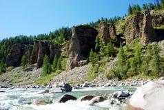 Paisagem, Rússia, o Lago Baikal, trekking, curso, montanhas, recreação, floresta, shumack, cachoeira, água, rio imagem de stock royalty free