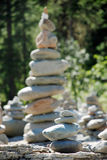 Paisagem, Rússia, o Lago Baikal, trekking, curso, montanhas, recreação, floresta, shumack, cachoeira, pedras, pirâmide fotografia de stock royalty free