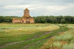 paisagem rural com igreja Fotos de Stock