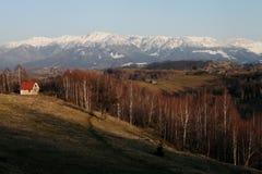 Paisagem sereno da montanha na luz do por do sol Imagem de Stock Royalty Free