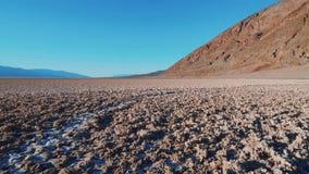 A paisagem surpreendente do parque nacional de Vale da Morte em Califórnia vídeos de arquivo