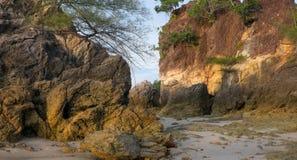Paisagem típica de uma ilha tropical Imagem de Stock
