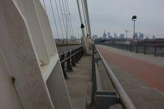 Paisagem urbana de Varsóvia vista da ponte de Swietokrzyski fotos de stock royalty free