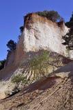 A paisagem vermelha escavou por seis gerações de PR de Colorado do ocre dos mineiros Foto de Stock Royalty Free