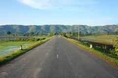 Paisagem vietnamiana, maneira, montanha, verde do eco Foto de Stock