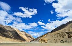 Paisagens bonitas da Índia de Ladakh fotografia de stock