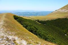Paisagens bonitas do recolhido montanhas Fotos de Stock