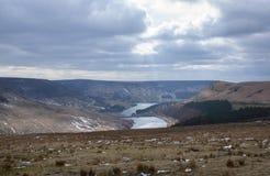 Paisagens do inverno do parque nacional de Dovestone e dos reservatórios, distrito máximo, Inglaterra imagem de stock royalty free