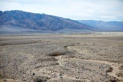 Paisaje árido del parque nacional de Death Valley, los E.E.U.U. Foto de archivo libre de regalías