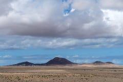 Paisaje árido, Lanzarote, canario, España imágenes de archivo libres de regalías