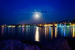 Paisaje épico de la noche de la Luna Llena Foto de archivo libre de regalías