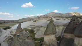 Paisaje adecuado de Turquía Cappadocia, tirando de abejón almacen de video