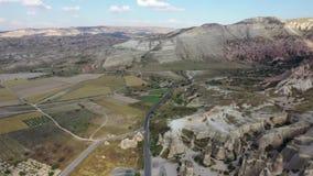 Paisaje adecuado de Turquía Cappadocia, tirando de abejón metrajes