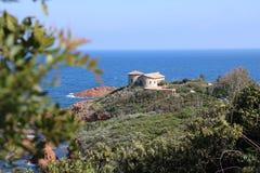 """Paisaje agradable en el  del coast†del """"blue en Francia Imagenes de archivo"""