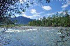 Paisaje al norte del río. Fotografía de archivo