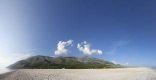 Paisaje albanés de la costa Fotos de archivo libres de regalías