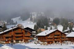 Paisaje alpestre del invierno foto de archivo