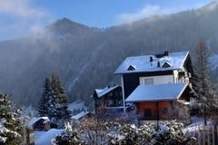 Paisaje alpestre del invierno fotos de archivo libres de regalías
