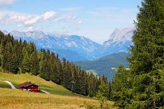 Paisaje alpestre hermoso en Austria imagen de archivo