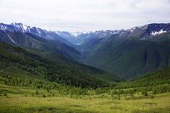 Paisaje alpino en las montañas de Altai, julio de 2016 Foto de archivo libre de regalías