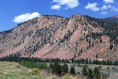 Paisaje alpino hermoso en Rocky Mountains, Colorado donde se localizan muchos 13ers y 14ers Fotografía de archivo