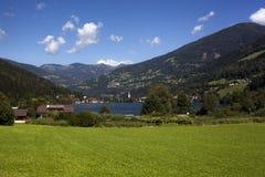 Paisaje alpino idílico Imagen de archivo libre de regalías