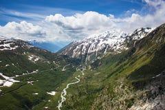 Paisaje alpino suizo Fotos de archivo libres de regalías