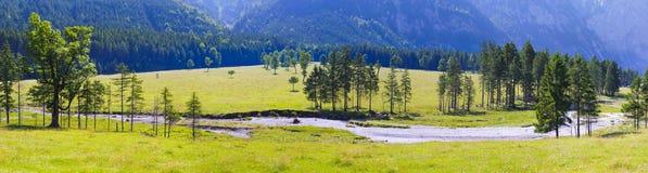 Paisaje amplio del panorama en Austria Imagen de archivo libre de regalías