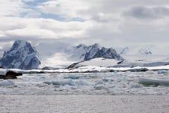 Paisaje antártico Fotos de archivo libres de regalías